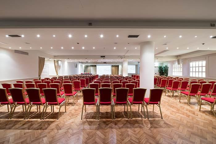Conferences hotels in riccione grand hotel des bains for Grand hotel des bains 07